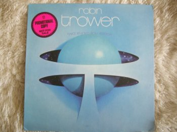 Robin Trower - Twice Removed From Yesterday [Chrysalis, LP (VinylRip 24/192)] (1973)
